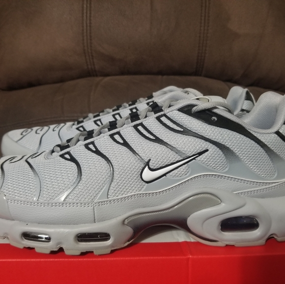 NIKE AIR MAX 95 TN PLUS WOLF GREY NWT